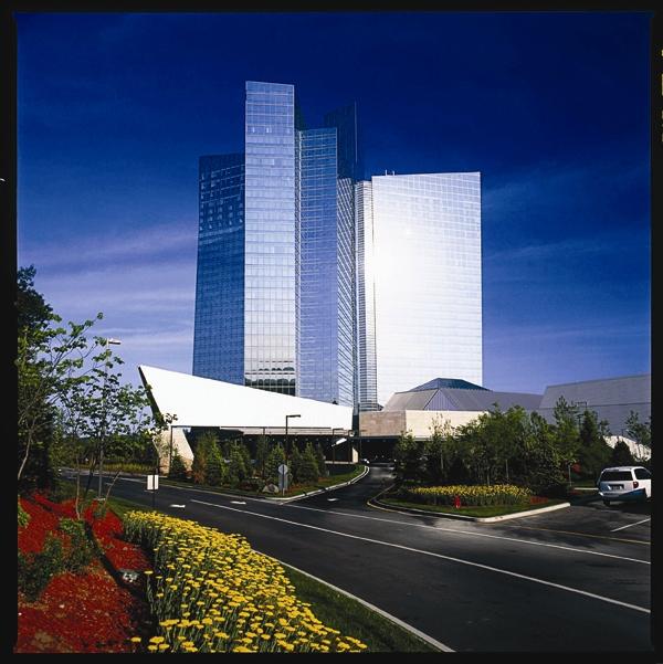Mohegan lake casino new york casino gateway global net